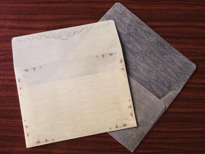 アンティークっぽいデザイン封筒